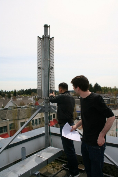 testing-cell-phone-behind-rooftop-cellular-antenna